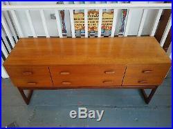 1960's G Plan Quadrille Sideboard in Teak & Rosewood. Vintage/Retro/Mid Century