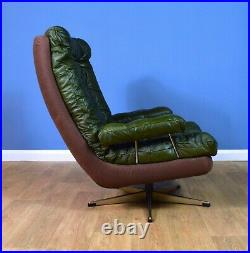 Mid Century Retro Vintage Danish Green Leather Swivel Lounge Arm Chair 1970s