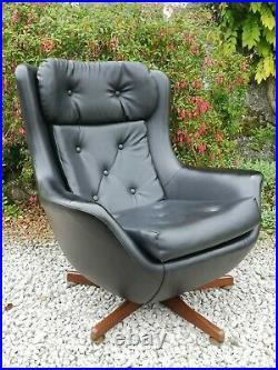 Mid Century Vintage Retro 1960s 70s Black Egg Chair Armchair