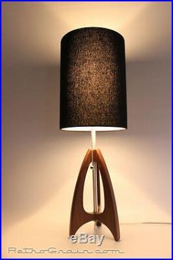 Retro Grain Table Lamp Danish Modern Atomic Mid-Century Walnut / Black