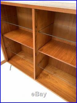 Vintage Retro Danish Teak Glazed Bookcase / Display Cabinet Shelves Hairpin Legs
