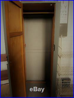 Vintage Retro mid century Old School Wardrobe Cupboard Kitchen Pantry industrial